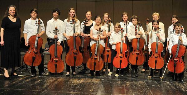 Dr. Hoch's Viel (Phil)harmonische Cellisten